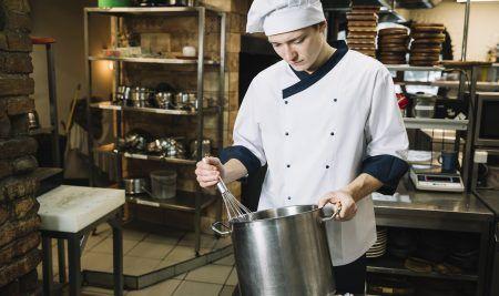 Publicada la lista definitiva de Pinche de Cocina SERMAS