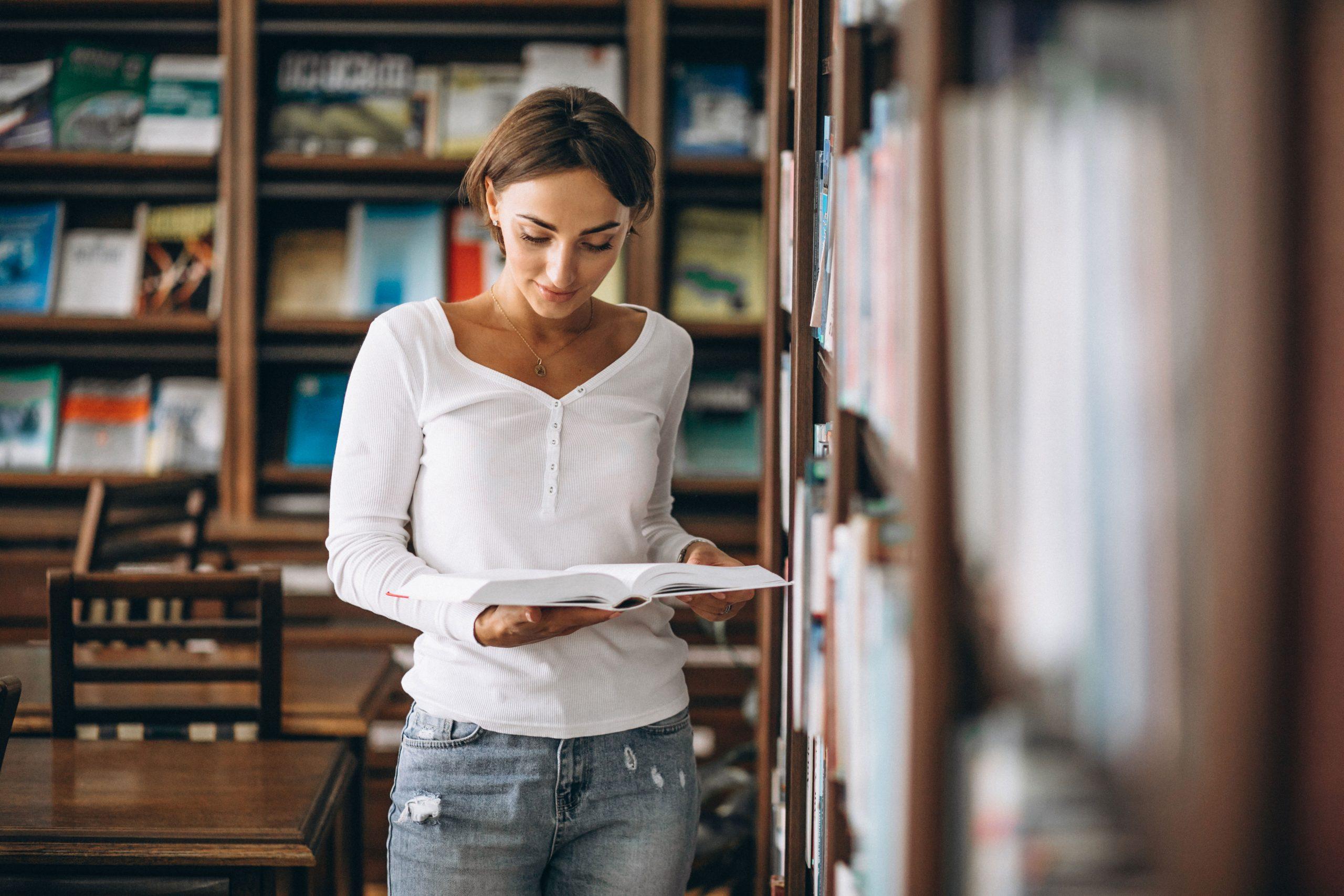 oferta empleo público parcial universidad complutense madrid.
